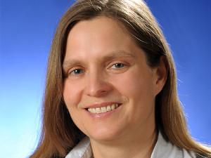 Dr. Anika Strobach